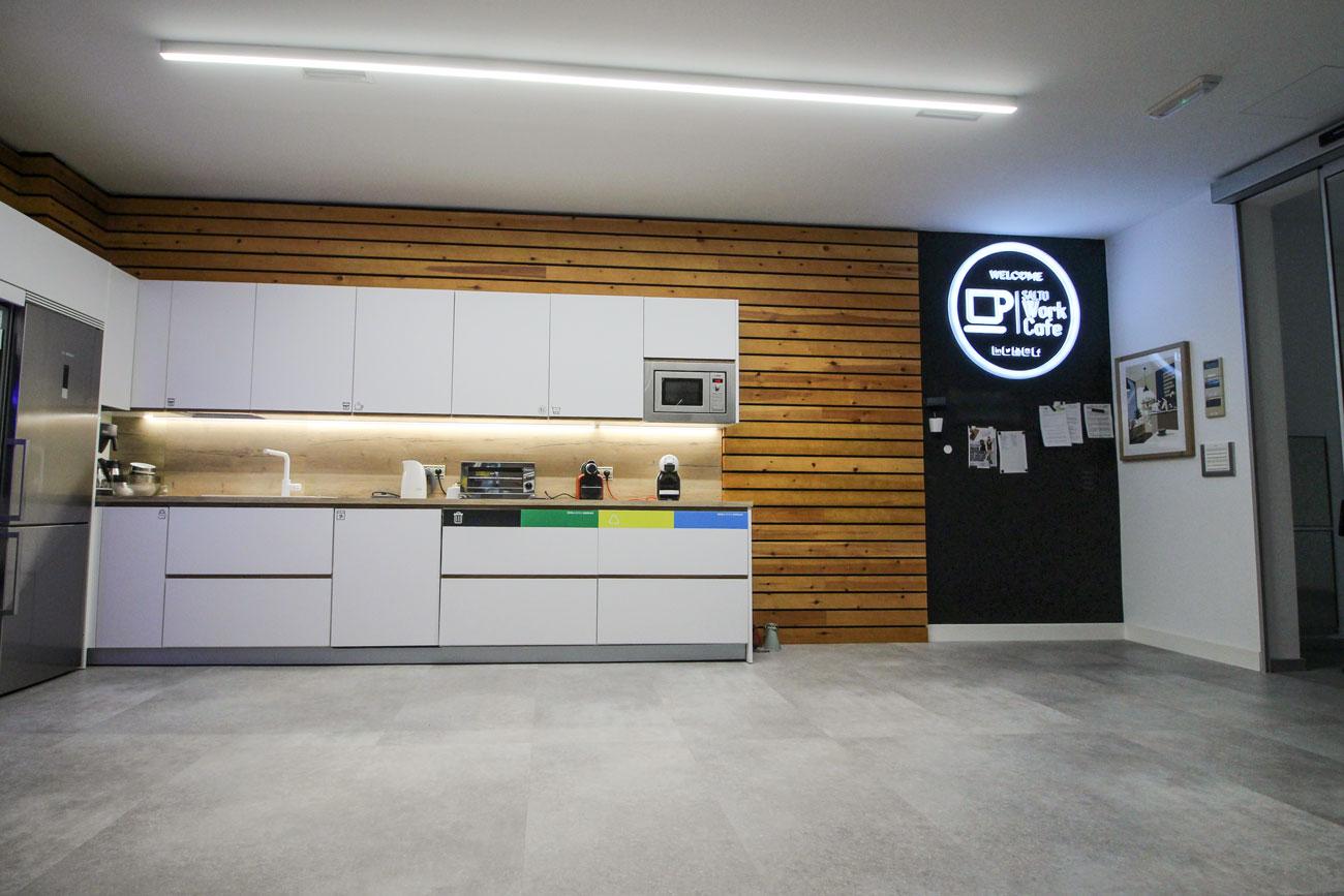 Reforma Salto Work Cafe Cocina comedor, Carpintería Apatta Aroztegia
