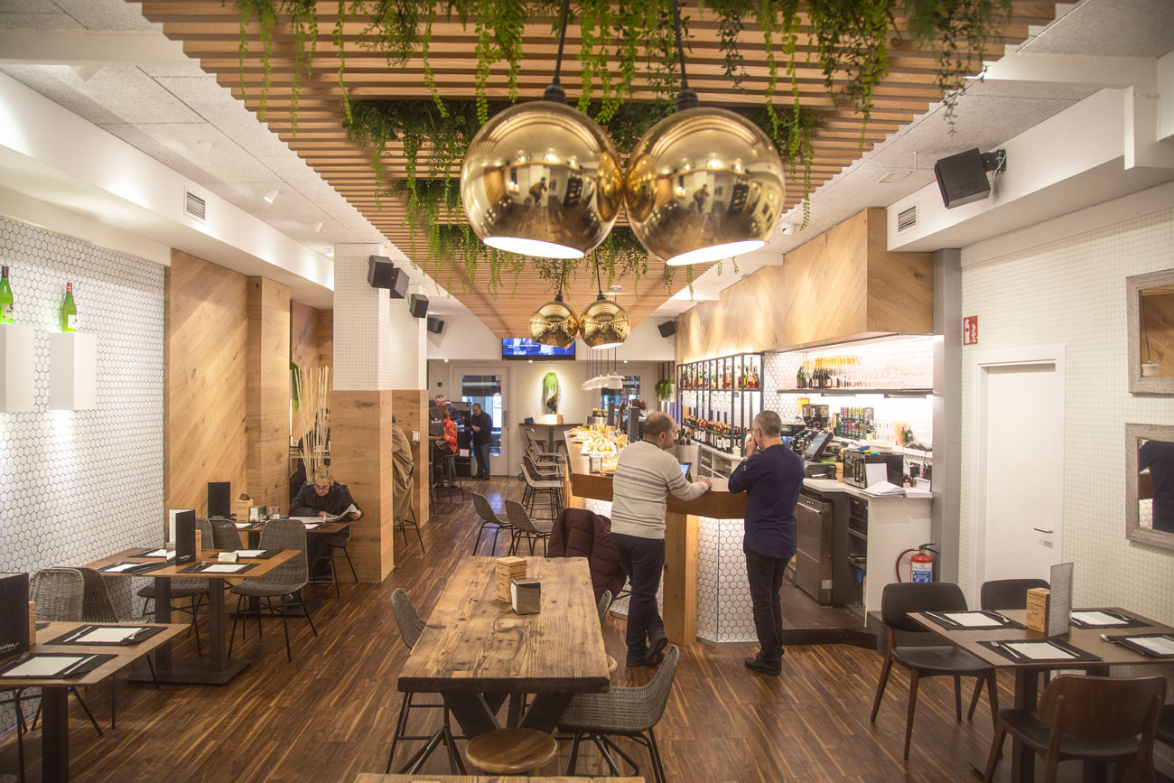 Reforma Bar The New Sansse Donostia interior, Carpintería Apatta Aroztegia